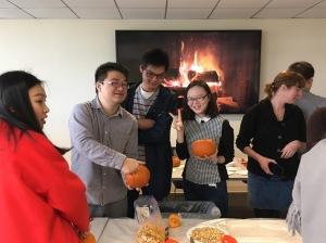 pumpkincarving04img_9718