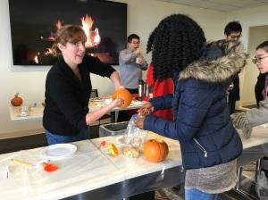 pumpkincarving05img_9699